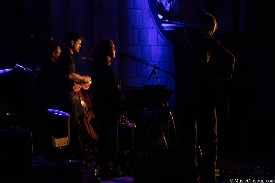 Seth Lakeman and band photographed from behind